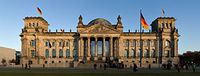 280px-Reichstag_building_Berlin_view_from_west_before_sunset